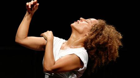 En ce moment, sur nos plateaux / Cie Myriam Soulanges, Myriam Soulanges, chorégraphe & danseuse