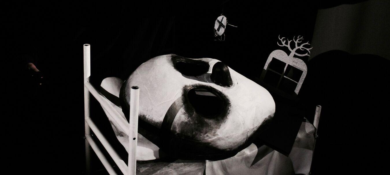 Pour bien dormir | Pour bien dormir - Cie Mecanika - paulo Duarte - spectacle jeune public | Paulo Duarte – Tjalling Houkema – C<sup>ie</sup> MECANIkA